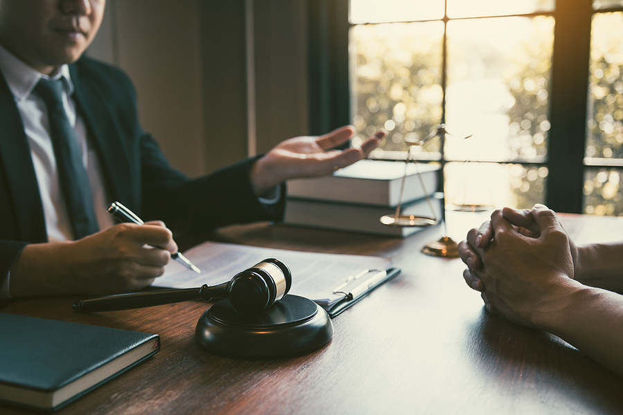 Male client consulting the best family lawyer in Sydney